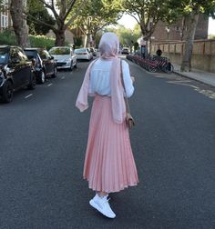 Casual And Pleated Hijab Skirt Outfits To Copy - Image Credit:@safiyahhh - Looking for Inspiration On How To Wear Skirt Outfits With Modest Fashion, Then Keep Reading For Inspo On Ootd Hijab Skirt Midi, Street Hijab Fashion, Skirt Outfits For Winter, Casual Outfits With Skirts, Skirt Outfit Classy And Much More. #hijab #hijabfashion #winteroutfits #hijaboutfit #skirtoutfits