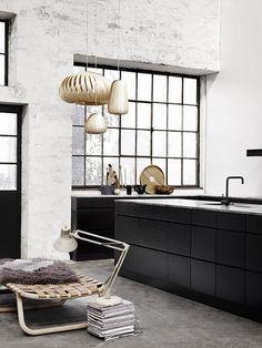 black wood kitchen