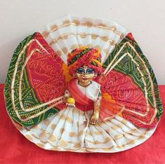 Baby Krishna, Cute Krishna, Lord Shiva Painting, Krishna Painting, Hand Embroidery Videos, Cute Embroidery, Diwali Pooja, Birthday Room Decorations, Laddu Gopal Dresses