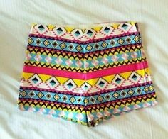 Highwaisted tribal Would be cute with a sheer white tank Fashion Killa, Look Fashion, Womens Fashion, Tribal Shorts, Neon Shorts, Spandex Shorts, Print Shorts, Looks Style, My Style