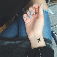 48 Ideas travel tattoo ideas wanderlust tatoo for 2019 Tiny Tattoos For Girls, Cute Tiny Tattoos, Bff Tattoos, Little Tattoos, Couple Tattoos, Mini Tattoos, Body Art Tattoos, Small Tattoos, Sleeve Tattoos