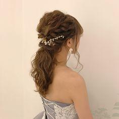 小枝アクセサリー×ポニーテールの可愛いブライダルヘアアレンジ   marry[マリー] Wedding Hairstyles, Diy And Crafts, Hair Styles, Weddings, Instagram, Fashion, Medium Wedding Hairstyles, Moda, Bodas