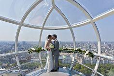London Love #LondonEye #Couple #PrivateCapsule