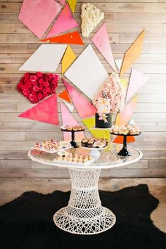 modern geometric wedding dessert table / http://www.himisspuff.com/wedding-dessert-tables-displays/5/