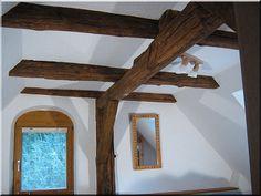 régi faanyagból készült tetőszerkezet