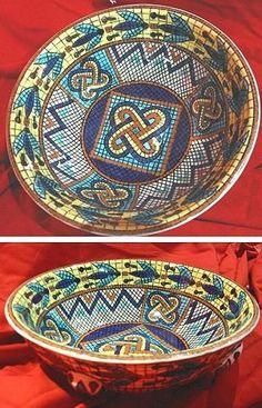 Turkish Art, Turkish Tiles, Glazed Tiles, Mandala, Tile Art, Islamic Art, Art And Architecture, Ceramic Pottery, Decorative Bowls