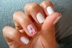 Uñas blancas con rojo