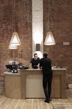 CT Coffee & Coconuts Amsterdam by Petite Passport, Adres: Ceintuurbaan 282-284, Amsterdam E-mail: info@ctamsterdam.nl Phone: 020 35 41 104