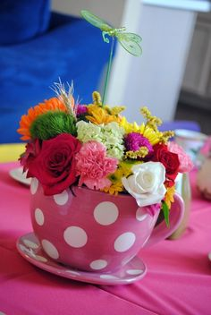 Mad Tea Party, centerpieces and ideas
