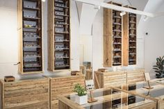 ANDY WOLF EYEWEAR launches its first own store concept in the form of a glasses paternoster.