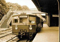 Es ist schon lange her, dass eine S-Bahn das letzte Mal im Veltener Bahnhof auf Fahrgäste wartete. S Bahn, Rail Car, Berlin Germany, Public Transport, Planer, Transportation, Train, Drawings, Old Pictures