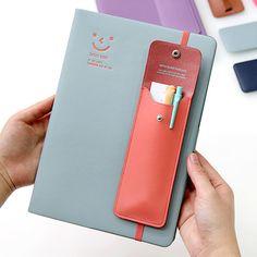Monopoly Snap button pen case with elastic band holder by Monopoly. The Button pen case is an useful and well made pen holder with elastic band.