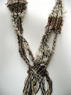 SAORI mobius necklace - clever!