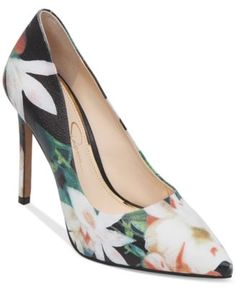 Jessica Simpson Premer Pumps