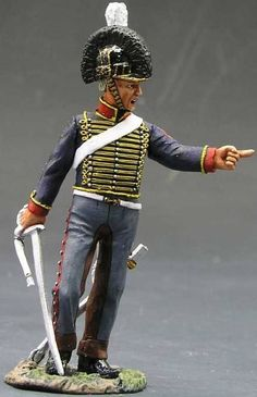 Napoleonic British Army NA099 Royal Horse Artillery Gunner - Made by King and Country Military Miniatures and Models. Factory made, hand assembled, painted and boxed in a padded decorative box. Excellent gift for the enthusiast.