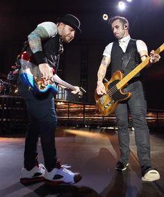 #Repost #Shinedown: Eric Bass and Zach Myers - Chicago  @harryreesephoto #zachmyers #ericbass