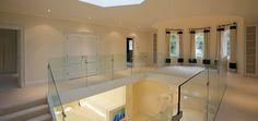 Studio Bibliotheque Ledley King House Hertfordshire (GB) Bianco Assoluto Shabby Chic, Bathtub, King, Studio, House, Minimalist, Trendy Tree, Standing Bath, Bathtubs