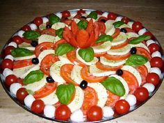 Fab Festive Fruit Platter Arrangememt: DIY Festive Fruit Platter for Christmas and Holiday or Any Party: Party Fruit Serving Idea Party Food Platters, Veggie Platters, Party Trays, Food Trays, Party Buffet, Veggie Tray, Meat Trays, Meat Platter, Veggie Food