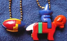 Vintage 1950's Puzzle Keychains Mexican on por VintageJewelsAndMore