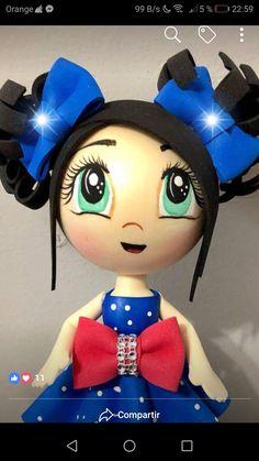 Doll Face Paint, Terracotta Flower Pots, Christmas Wreaths, Minnie Mouse, Diys, Disney Characters, Fictional Characters, Flowers, Anime