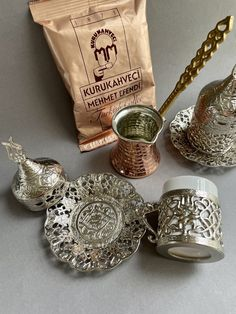 Coffee Gift Set For 2 This set is made especially for coffee explorers in other words for coffee lovers. Perfect for who is looking for new rituals or create moments of joy in day-to-day life. Treat yourself or gift to your loved one! Coffee Gift Sets, Coffee Gifts, Coffee Set, Copper Pots, Brass Handles, Silver Color, Pure Products, Coffee Lovers, Floral