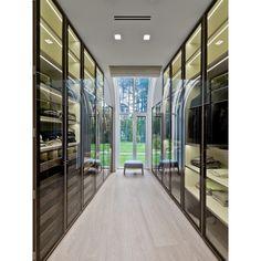 closet com portas de vidro - Arkpad