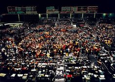 View Chicago, Board of Trade by Andreas Gursky on artnet. Browse upcoming and past auction lots by Andreas Gursky. Andreas Gursky, Edward Steichen, Cindy Sherman, Chicago, Photo D Art, Great Photographers, In The Flesh, Architecture, Stock Market