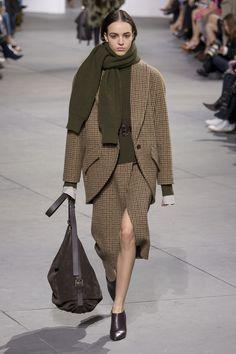 Michael Kors, New York Fashion Week, Herbst/Winter-Mode New York Fashion, Fashion 2017, Runway Fashion, High Fashion, Fashion Show, Fashion Outfits, Womens Fashion, Fashion Design, Fashion Trends