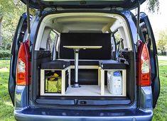 Citroen Berlingo Camper Van Conversion Module by Simple Camper Vans Mini Camper, Popup Camper, Bus Camper, Micro Campers, Small Campers, Van Conversion Windows, Camper Conversion, Vw Caddy Maxi Life, Caravan