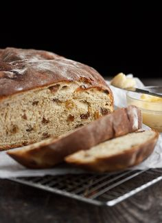 Irish Barmbrack Bread with Honey Butter - filled with tea-soaked raisins, it's a wee bit of heaven! | Seasons and Suppers