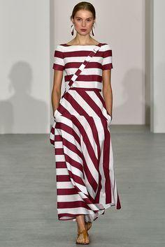 Jasper Conran Spring/Summer 2017 Ready To Wear Collection British Vogue Fashion Weeks, Fashion 2017, Trendy Fashion, Runway Fashion, Fashion Trends, Vogue Fashion, Womens Fashion, Winter Fashion, Fashion Tips