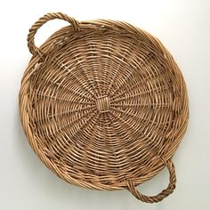 Vintage Round Wicker Tray with Handles Serving Tray Wall Decor Coffee Table Tray Home Decor Gift Ide Coffee Table Tray, Wicker Tray, Vintage Items, Baskets, Wall Decor, Handle, Folk Art, Gifts, Etsy