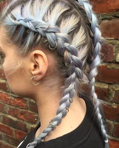 Laura Marie — Blog post on DINO BRAIDS/HAIR RINGS on my blog...