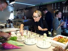 Tanja Grandits at Hiltl Akademie with Junghans Watches Wine Recipes, Chefs, Watches, Restaurants, Top, Drinks, Drinking, Beverages, Wristwatches