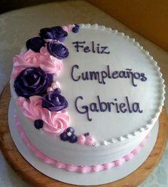 Cake Decorating Piping, Creative Cake Decorating, Cake Decorating Videos, Birthday Cake Decorating, Candy Birthday Cakes, New Years Eve Dessert, Brithday Cake, Oreo Cake Recipes, Buttercream Cake Designs