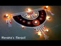 Latest Rangoli Design For diwali and Laxmi puja. Find more latest, simple and beautiful rangoli design techniques for beginners. Diwali Special Rangoli Design, Easy Rangoli Designs Diwali, Rangoli Designs Latest, Simple Rangoli Designs Images, Rangoli Designs Flower, Free Hand Rangoli Design, Small Rangoli Design, Rangoli Border Designs, Rangoli Ideas