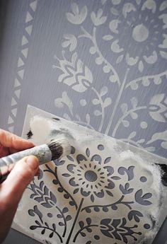 The Lund Stencil nicolettetabram.co.uk  #stencils #stencilstuff #paintedfurnitue