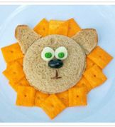 Bento Lunchbox Fun - This is a really cute way to spruce up your children's lunches.We love this Bento Lunchbox Lion Sandwich!
