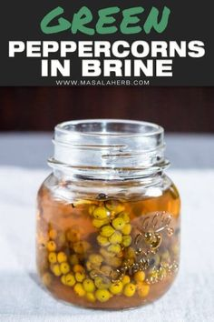 Homemade DIY green Peppercorns preserved in brine. Easy recipe to prepare your own green peppercorn pickle. Brine Recipe, Diy Recipe, Recipe Ideas, Spicy Recipes, Real Food Recipes, Yummy Appetizers, Appetizer Recipes, Green Peppercorn, How To Make Greens