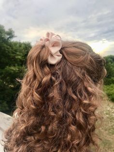 Medium Hair Styles, Curly Hair Styles, Natural Hair Styles, Hair Inspo, Hair Inspiration, Mode Poster, Aesthetic Hair, Dream Hair, Mi Long
