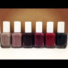 @canchan: Oh, hello fall colors. Have a tiny crush on @essienailpolish's new collection. #bbdesktweets