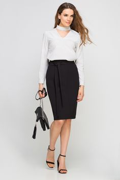 Looking for Pencil Skirts? Call off the search with our Pencil High Waisted Midi Skirt, Black. Shop unique fashion at SilkFred Work Skirts, Dresses For Work, Unique Fashion, Womens Fashion, Office Looks, Office Wardrobe, Well Dressed, Casual Chic, Midi Skirt