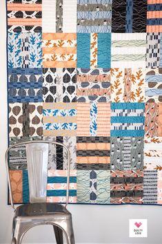 Fat Quarter Dash quilt pattern Strip Quilts, Easy Quilts, Quilt Patterns Free, Fabric Patterns, Queen Bed Quilts, Large Throws, Fat Quarter Quilt, Quilt Sizes, Quilt Bedding