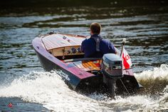 This wooden boat Disco Volante is project of Glen-L Squirt build by Wojtek in Poland