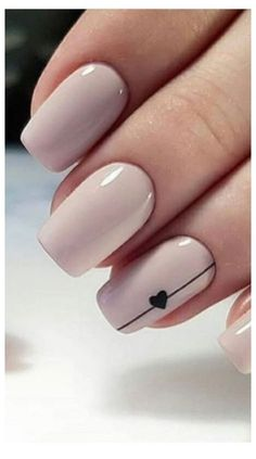 Have you heard of the idea of minimalist nail art designs? These nail designs are simple and beautiful. You need to make an art on your finger, whether it's simple or fancy nail art, it looks good. Simple Acrylic Nails, Acrylic Nail Art, Nail Art Diy, Acrylic Nails Designs Short, How To Nail Art, Nail Art Blue, Short Nails Acrylic, Subtle Nail Art, White Nail Art