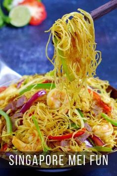 If you're a fan of Chinese fried noodles, you must try Singapore Mei Fun, a hearty all-in-one dish full of goodness and great flavours. Many cooking tips and substitute ideas are provided throughout the post. #redhousespice Asian Recipes, Beef Recipes, Cooking Recipes, Ethnic Recipes, Cooking Tips, Chinese Recipes, Asian Foods, Redneck Recipes, Oriental Recipes