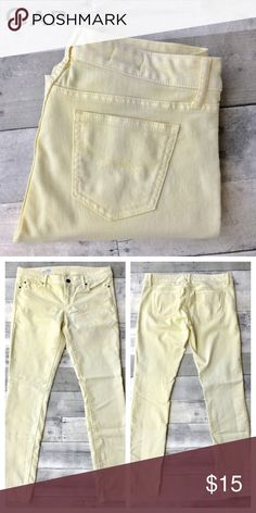 Gap-1969 skinny jeans-yellow A fabulously sunny pair of pastel yellow skinny jeans!  Perfect for sunny days! GAP Jeans Skinny