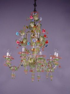 love this Murano glass chandelier...flowers, leaves....dripping with hanging pretties...