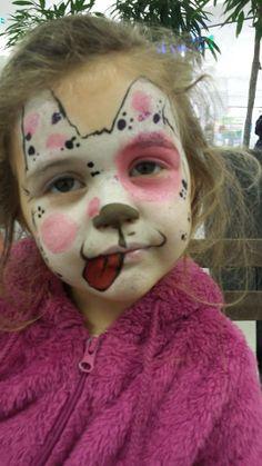 Frk C malte en søt liten hund...voff:)  @ansiktsmalerdotno #ansiktsmaling www.ansiktsmaler.no