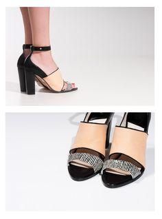 #Sandalia #Mule LEI É . Zapatos de tacón. Sandalias tacón. Heeled Mules, Peep Toe, Heels, Boots, Collection, Summer, Fashion, Shoes Sandals, Over Knee Socks